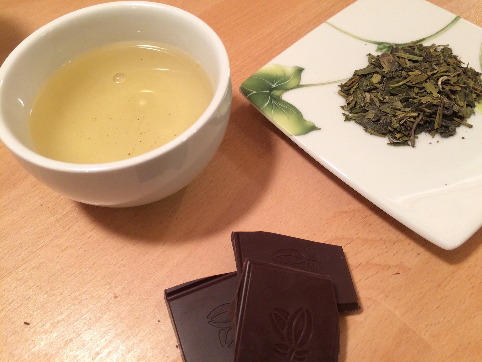 Chocolat au lait au thé Earl Grey