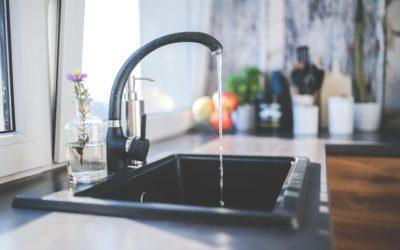Bien choisir l'eau pour son thé : sa composition affecte son goût et ses vertus