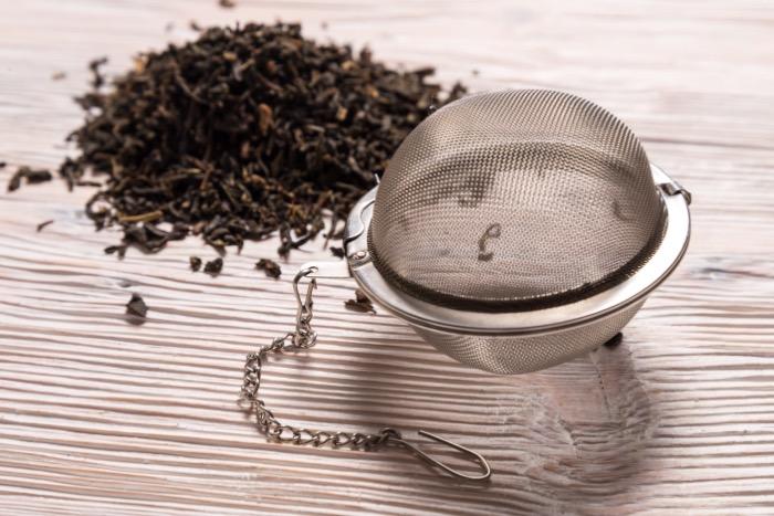 Boule à thé avec chaîne